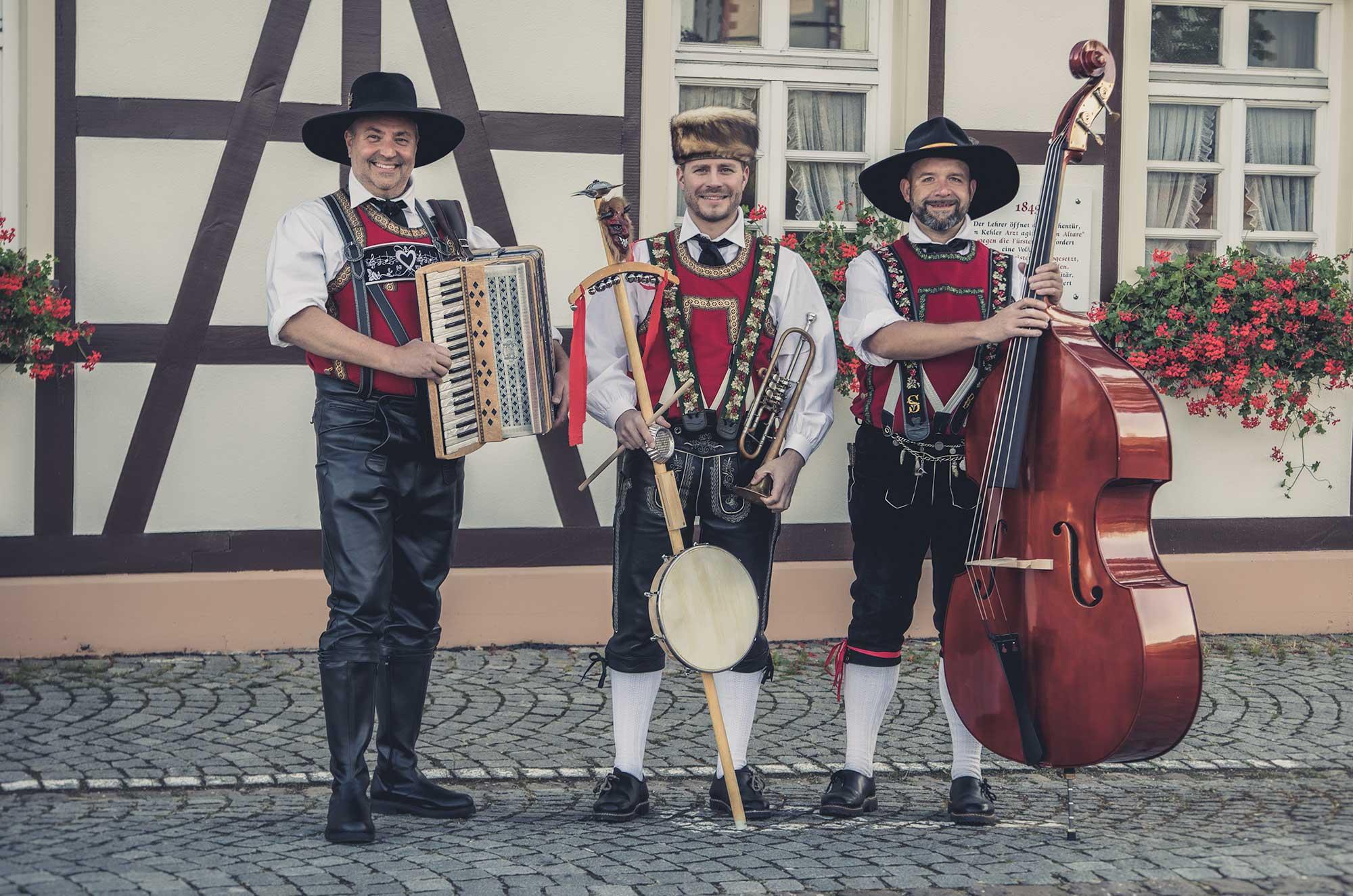 Owemaerk, Mudart, Alemannisch, Baden, Schwaben, Elsass, Ortenau, Schwarzwald, Black Forest, Dewutschland, Volksmusik, Traditionell